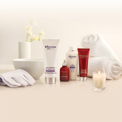 Elemis Pro-Radiance Heavenly Hands Kit